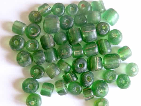 Perle vert translucide 8mm verre