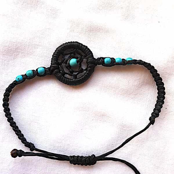 Bracelet Un Cercle Au Centre Perles Turquoises 1