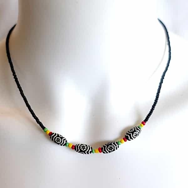 Ras Du Cou Perles Noires Dessinées Et Multicolores