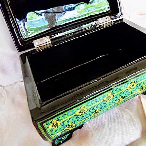 Boîte à Bijoux ouverte Verte Brillante L.19cm H.11cm 4 Pieds