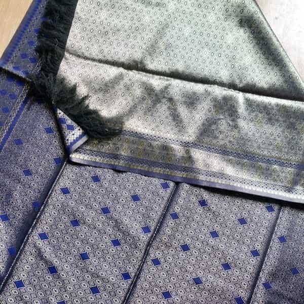 jeté de lit bleu marine et or soie 180×100