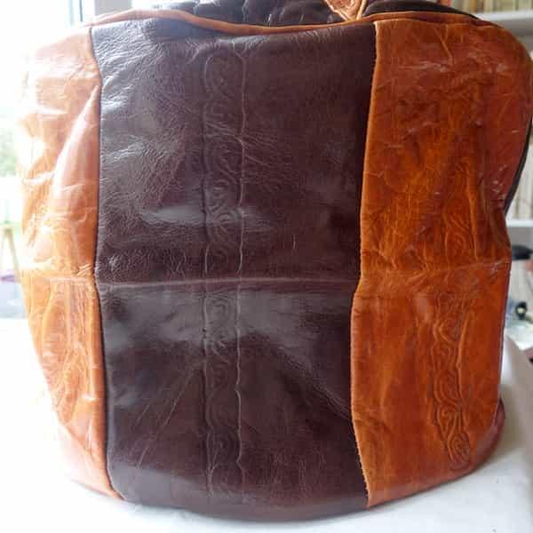 coté housse cuir marron et caramel pour pouf rond d.46 h.35