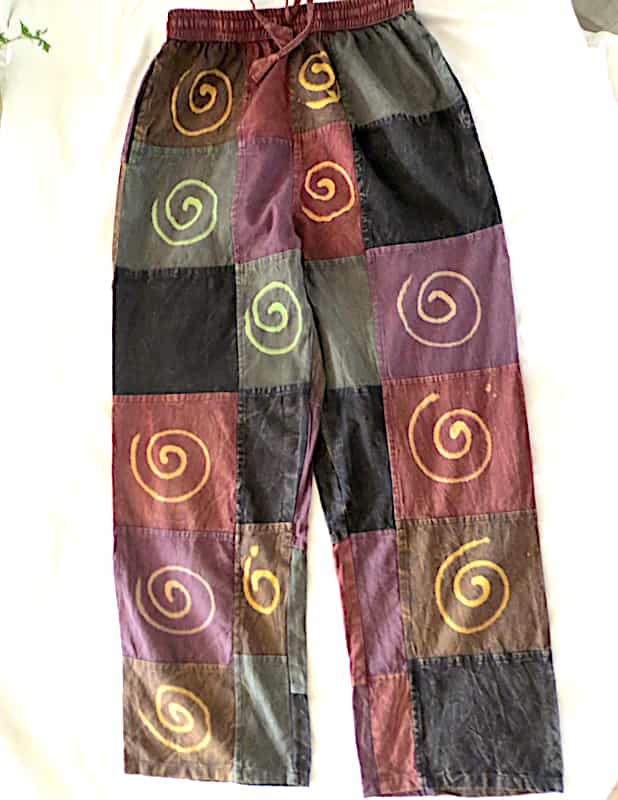 pantalon coton imitant patchwork de vert à rouille