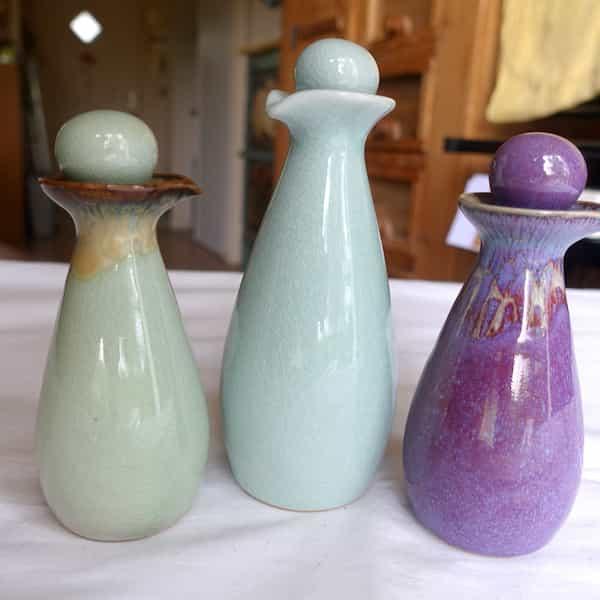 flacon beauté céramique avec bec verseur couleurs 10 et 20 cl